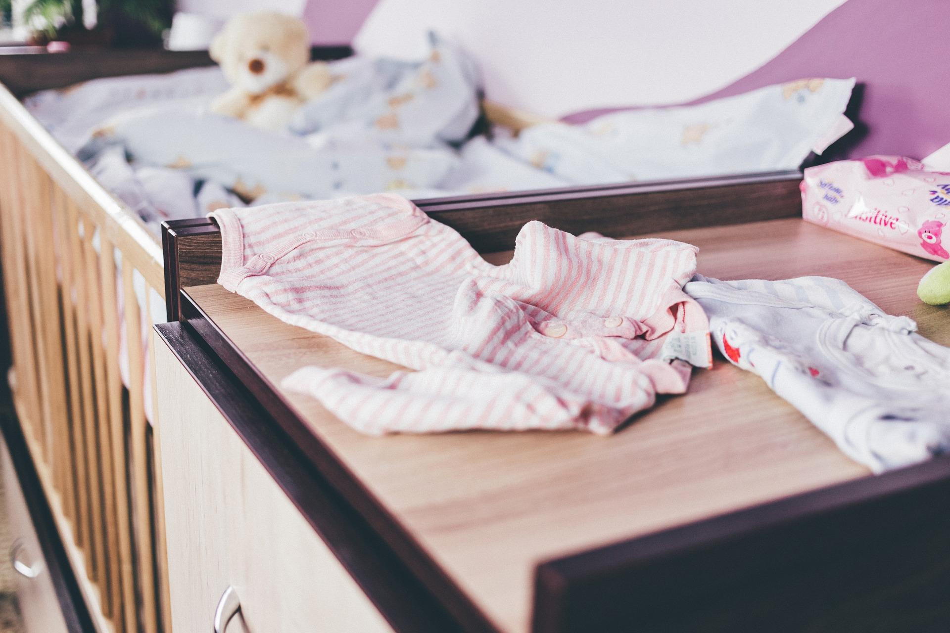 choose baby furniture